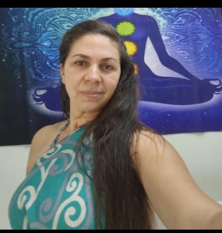 Val Araújo - Terapeuta Tântrica, Massoterapeuta,  Depiladora 646