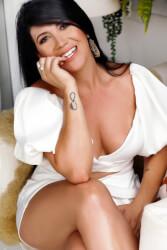 Daniela Aleixo - Terapeuta Corporal especialista em Massagens